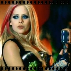 http://avrillavigne.cl/home/images/11%20-%20hot.jpg