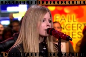 http://avrillavigne.cl/home/images/videoimages/WYWHgoodmorning.jpg