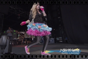 http://avrillavigne.cl/home/images/videoimages/sumersonic.jpg
