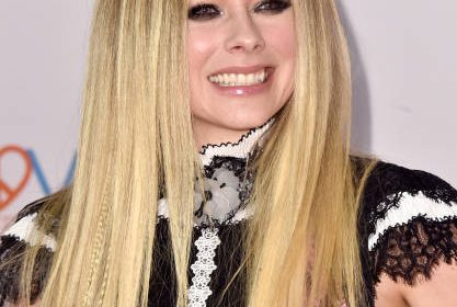 BEVERLY HILLS, CALIFORNIA - MAY 10: Avril Lavigne attends the 26th Annual Race to Erase MS Gala at The Beverly Hilton Hotel on May 10, 2019 in Beverly Hills, California. (Photo by Alberto E. Rodriguez/WireImage)